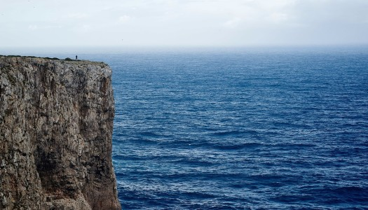 Newton i bezkresne morze
